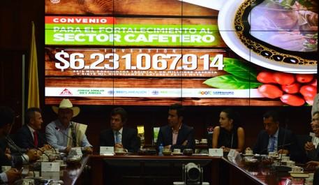 Aunando esfuerzos con la Gobernación de Cundinamarca para el mejoramiento de la productividad y rentabilidad de los caficultores